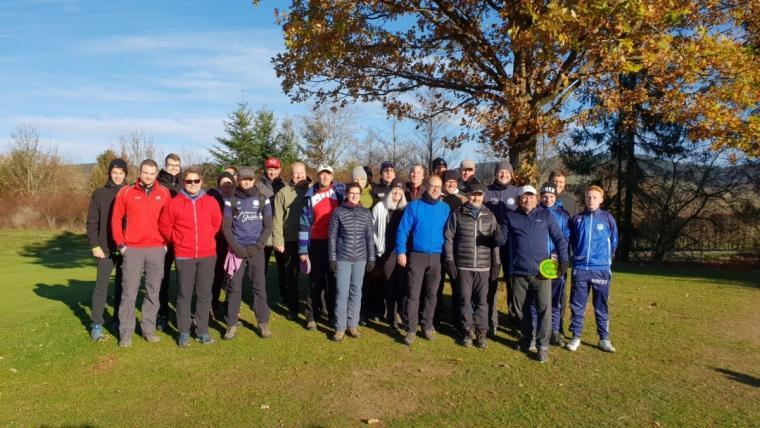 Golf Meets Disc-Golf