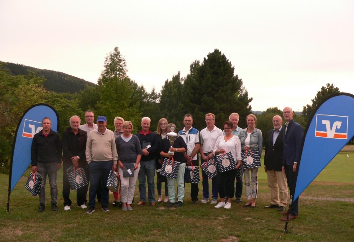 VOLKSBANK BIGGE-LENNE CUP MIT GROSSER BETEILIGUNG