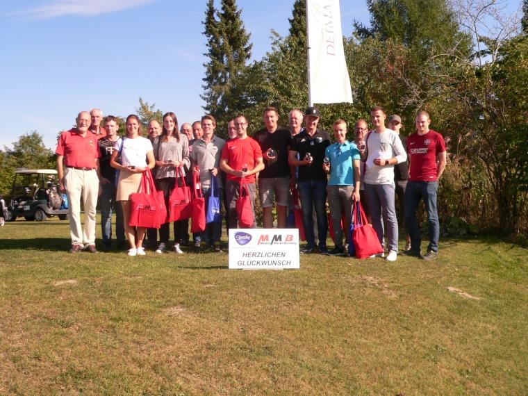 Zehnte Kurzplatzmeisterschaft im Golfclub Schmallenberg